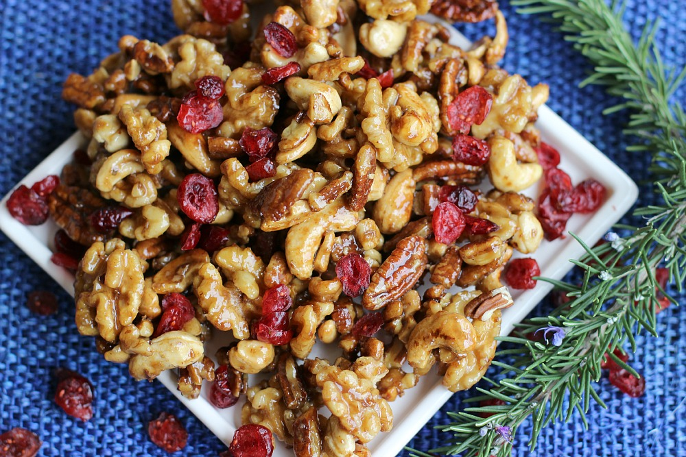maple glazed nuts with dried cranberries